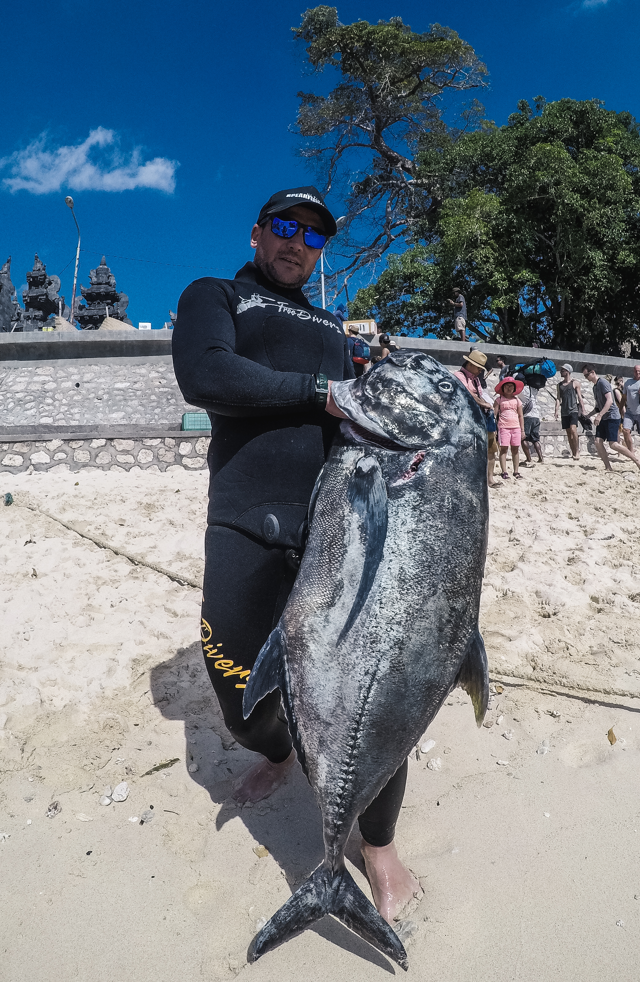 bali spearfishing Giant Trevally